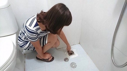 Ga thoát nước sàn bị khô